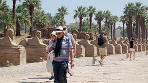 Tourists on sphinx avenue