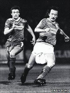 Mark O'Connor (left) tracks down Jimmy Case