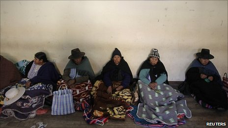 Pensioners who used to work as miners take part in a hunger strike in Potosi August 11, 2010.