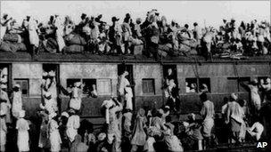 Muslim refugees on a train leaving Delhi for Pakistan in September 1947