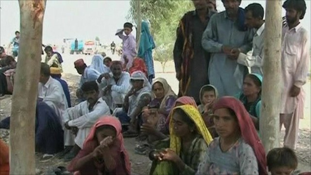 People made homeless by flooding in Pakistan