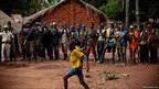 Citizens' militia group of men in Obo, south-eastern Central African Republic © MARKO KOKIC/ICRC