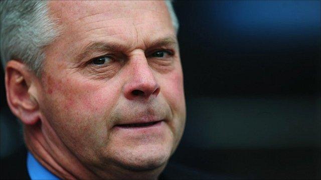 Swindon Town boss Kevin MacDonald