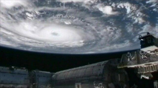 Hurricane Igor and International Space Station
