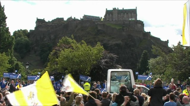 Tens of thousands gather in Scotland to see Pope