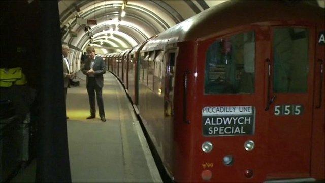 Aldwych station