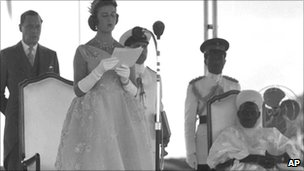 Princess Alexandra of Kent reads Queen Elizabeth II's message during her speech in the Royal Pavilion, at the Racecourse, Lagos on 1 Oct 1960