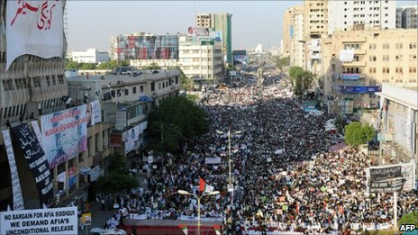 Thousands protest in Karachi over the US detention of Dr Aafia Siddiqui