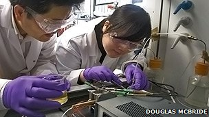 Dr Shanwen Tao and his research partner Dr Rong Lan developing the world's first Direct Urea Powered Fuel Cells at Heriot-Watt University in Edinburgh