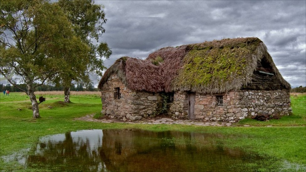 Leanach Cottage on Culloden Moor