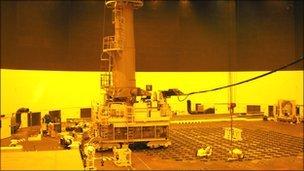 Reactor fuelling grid at Wylfa