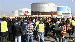 Workers block the Fos-sur-Mer oil depot, southern France. 14 Oct 2010