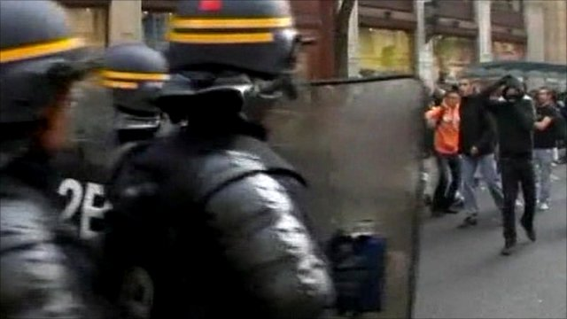 Police face students in Lyon, France