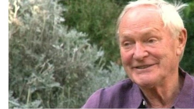 Julian Glover plays a Polish veteran who fought in the Battle of Britian