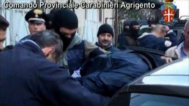 Police detain alleged mafia boss