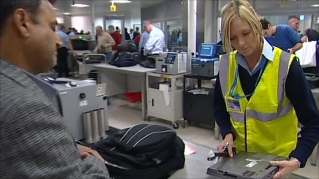 thesis statement on airport security The two primary changes in airport security visible to passengers were the federalisation of passenger security screening at all us commercial airports and international airports operating us bound flights by november 19, 2002, and the requirement to begin screening all.