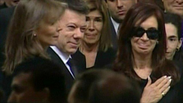 Cristina Fernandez and mourners