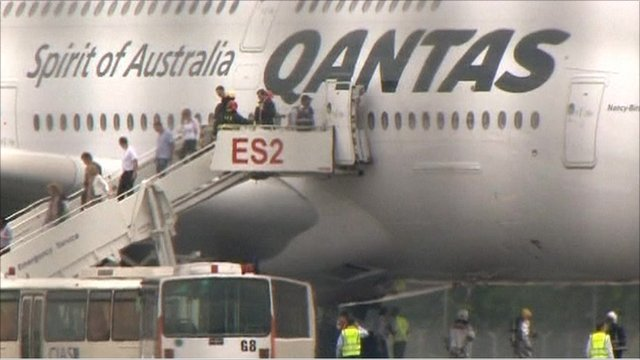 Passengers leaving the Airbus in Singapore