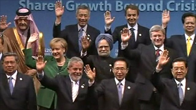 'Family photo' of G20 summit leaders