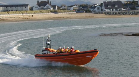 The Hereford Endeavour in Treaddur Bay