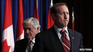 Foreign Minister Lawrence Cannon, left, and Defence Minister Peter MacKay