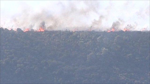 Fires threaten Israeli city of Haifa