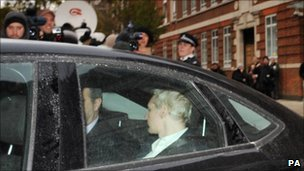 Police vehicle brings Julian Assange to City of Westminster Magistrates' Court for the hearing