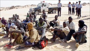African migrants caught trying to enter Libya from Niger - 1 January 2009