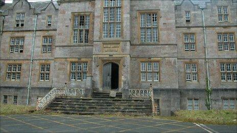 Cyn Ysbyty Gogledd Cymru, Dinbych