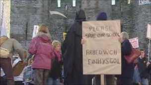 Protest at Caernarfon Castle