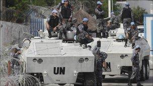 UN troops in Abidjan (21/12/10)
