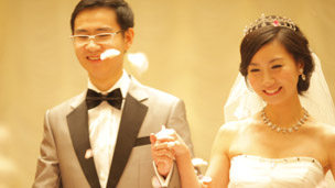 Couple Derrick Chen and Yan Huang at their wedding in Shanghai