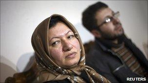 Sakineh Mohammadi Ashtiani (L) with her son Sajjad Ghaderzadeh at a news conference in Tabriz, Iran (1 January 2011)
