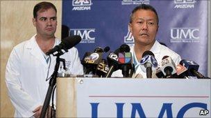 Dr Michael Lemole (L) and Dr Peter Rhee (R)