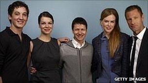 Rabbit Hole cast Miles Teller, Tammy Blanchard, Nicole Kidman and Aaron Eckhart pose with director John Cameron Mitchell (centre)