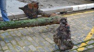 Anchor found in Guernsey's Havelet Bay