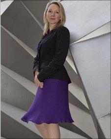 Liz Field