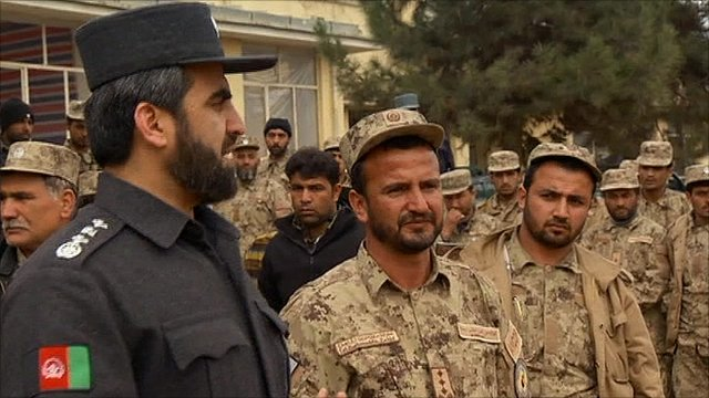 Afghan police fighting Taliban