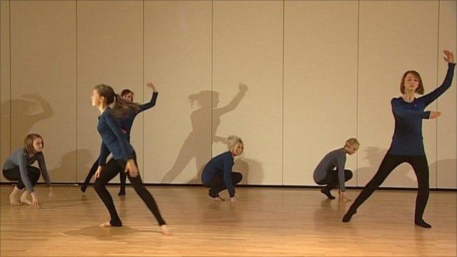 Teenage dancers