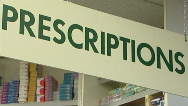 """Sign saying """"Prescriptions"""""""