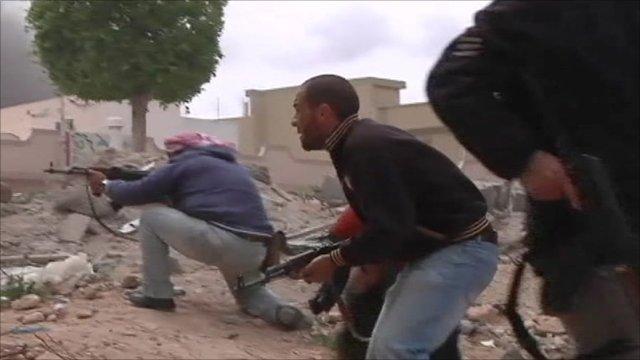 Rebels fighting in Misrata