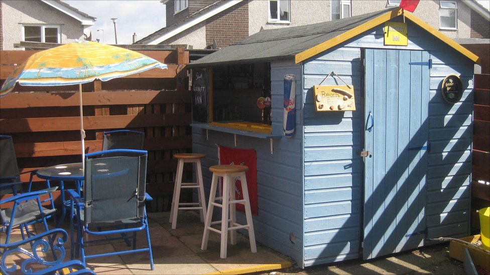 Bbc News In Pictures Shed Of The Year 2011