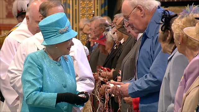 The Queen distributed Maundy money to pensioners