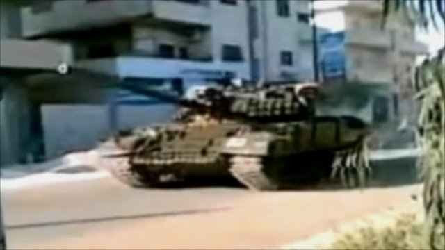 Tank on the streets of Syria