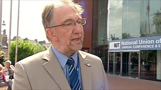 Jerry Glazier, NUT National Executive
