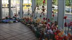 Knitted flowers in centre