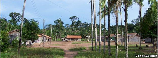 Amondawa village