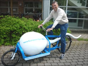 """The """"sperm bike"""" used to transport samples of sperm to the insemination clinic in Copenhagen"""