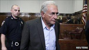 Dominique Strauss-Kahn in New York court, 19 May 11