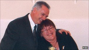 Nigel and Gail Lindley on their wedding day